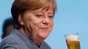 """حانة أسطورية ألمانية تدرج ميركل في """"قائمتها السوداء"""""""