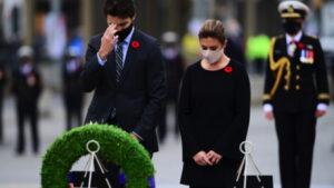 يوم الذكرى في ظلّ الجائحة: مراسم موجَزة وتذكُّر من المنازل إحياءً لتضحيات كبرى