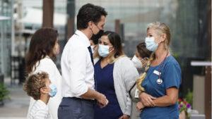 كوفيد-19: مظاهرات مناوئة للّقاح أمام المستشفيات في عدد من أنحاء كندا